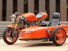 Ducati Cafe Racer Sidecar - Bildergalerie - KÖLNER MODELLBAUFORUM
