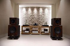 Mono and Stereo High-End Audio Magazine: Audio Note, Dynamics and Telos