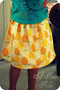 a simple 10 step tutorial on how to make your own skirt! Can't wait to try it.