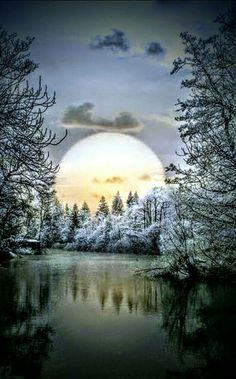 Best Pictures, Videos and Gifs Moon Pictures, Nature Pictures, Pretty Pictures, All Nature, Amazing Nature, Nature Water, Beautiful Moon, Beautiful Images, Winter Szenen