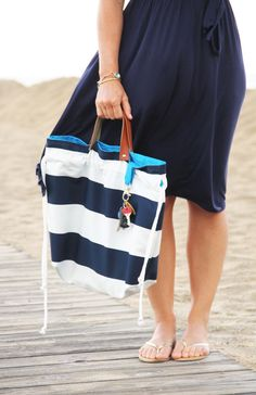DIY J. Crew Cinch Bag | Get the designer look for less with this pretty J Crew inspired purse!