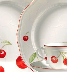 My china pattern, Richard Ginori 1735 cherries.