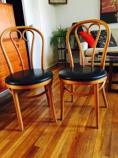 The Craigslist Collective   Helping you find affordable  chic furniture in Los  Angeles  frenchThonet NO 14 cool with different colours    Furniture to love  . Eames Chair Craigslist Los Angeles. Home Design Ideas