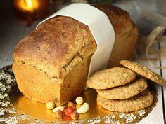 Taatelileipä Cornbread, Ethnic Recipes, Food, Millet Bread, Essen, Meals, Yemek, Corn Bread, Eten