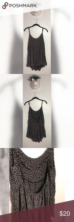 Brandy Melville Flowered Black and White Dress Super Cute Jada Dress From John Galt by Brandy Melville. Comfy and Great for Summer 🌞 Brandy Melville Dresses Mini