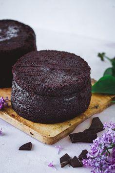 Maailman paras suklaakakkupohja täytekakkuun - myös vegaaninen versio (V) – Viimeistä murua myöten