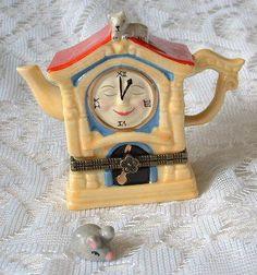 New Handpainted Nursery Rhyme Hickory Dickory Dock Clock Porcelain Hinged  Box
