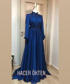 Muslimah Wedding Dress, Muslim Wedding Dresses, Beautiful Prom Dresses, Elegant Dresses, Hijabi Gowns, Prom Dress Couture, Hijab Evening Dress, Dusty Blue Bridesmaid Dresses, Modern Hijab Fashion