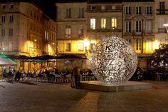Les sculptures monumentales de Jaume Plensa , Self Portrait, Place Camille Jullian investissent la ville de Bordeaux