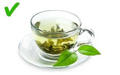 Green Tea Benefits: 19 Health Benefits Of Drinking Green Tea There are so many strong natural antioxidants (polyphenols) are present in green tea. These antioxidants will make green tea a better drink over coff. Herbal Remedies, Home Remedies, Rosacea Remedies, Herbal Cure, Green Tea Benefits, Lemon Benefits, Blood Pressure Remedies, Lose Weight, Weight Loss