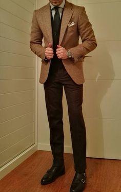 http://www.rincondecaballeros.com/threads/19-%C2%BFQue-llevas-puesto-hoy-Ense%C3%B1anos-tu-look?p=278597#post278597  http://www.rincondecaballeros.com/forum.php http://www.rincondecaballeros.com/blog/ #me #rincondecaballeros #styleforum #mensfashionpost #menstyle #menswear #mensfashion #menwithclass #menstyleguide #guyswithstyle #bespoke #outfitoftheday #model #dapperedmen #elegance #fashionformen #instagood #sartorial #sprezzatura #simplydapper #igers #wiwt #outfit #fashion #instastyle