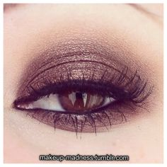 rock chic - much better for a spring/summer night than the black smokey eye