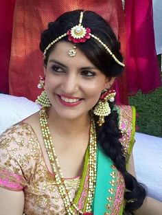 Fresh Flowers Event Ideas Wedding Accessories Bride Mehndi Dress Indian Weddings Saris Jewelery