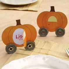 DIY- Pumpkin Coach Place Cards~ free template & tutorial. This is a fun idea for Halloween, Thanksgiving or a Cinderella party place card or invite with a change of colors!