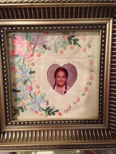 Ribbon embroidery pictureframe