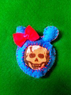 Dead Bear - brooch