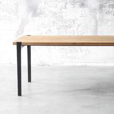 Table Atelier Black . FOR ME LAB, le premier select store en ligne pour personnaliser et faire réaliser sur-mesure des objets qui vous ressemblent.