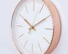 Jednoduché-ružovo-zlaté-nástenné-hodiny. Clock, Mood, Watch, Clocks