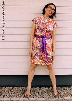 novamelina  helmojajahepeneita.blogspot.fi #Liberty #of #London #Hampton #wedding Liberty Of London Fabric, The Hamptons, Fabrics, Summer Dresses, Wedding, Fashion, Tejidos, Valentines Day Weddings, Moda