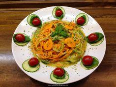 "Rohkost - Rezept für ""Gurken - Karotten - Ananas - Basilikum - ""Pasta"""" (Vegan, Rohkost, 80-10-10)"