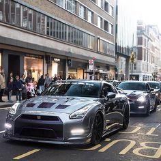 Convoy! _ Photo: @joshua.efford  Use: #bestcarsevermade _ Member of: @teamwolcars _ Crew: @bestcarsevermade | @worldscoolestcars | @red_line_performance_ | @ferrari.videos | @speedingtoday | @autoji | @themoneychannel | @autoscommunity _ #cars #lamborghini #aventador #gallardo #murcielago #veneno #countach #sestoelemento #diablo #ferrari #458 #F12 #porsche #lp700 #astonmartin #bentley #continental #tesla #instacar #maserati #bugatti #veyron #pagani #koenigsegg #bestcarsevermade…