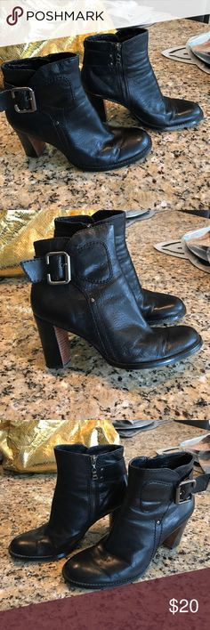 Nine West heels black leather side zip boots Butter soft Nine West boots. These are super cute black high heeled , Round toe with  side zipper . These have a side zipper and accent buckle. Nite wear on inside lining , doesn't show in the outside . Heels are about 2.5 inches high Nine West Shoes Ankle Boots & Booties