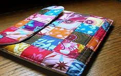 Make a Patchwork Case for Your iPad or Tablet - Page 2 of 2 - Quilting Digest Sewing Hacks, Sewing Tutorials, Sewing Patterns, Diy Coque, Quilting Projects, Sewing Projects, Fabric Crafts, Sewing Crafts, Ipad Bag
