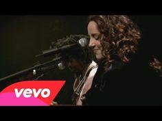 Ana Carolina e Seu Jorge - É Isso Aí (The Blower's Daughter) - YouTube