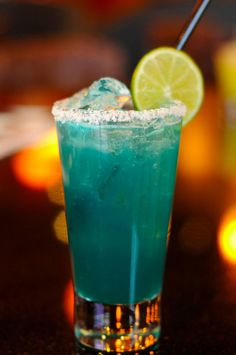Chow Town ‏-  Local bars are toasting the #Royals w/ blue drinks. Ex: Mestizo Leawood's Electric Blue margarita Know more? Tweet us!