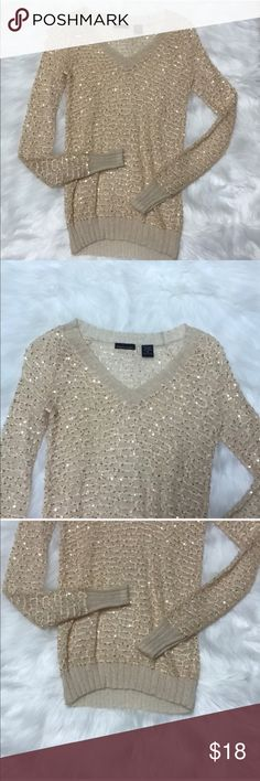 Moda/Victoria Secret Rose Gold Sequined Top Moda is another brand for Victoria Secret. In great condition with no wholes or tears. Color is a rose gold. Sheer/ see through. 58% Polyester - 18% Nylon - 15% Wool - 9% Kid Mohair Victoria's Secret Tops Tees - Long Sleeve