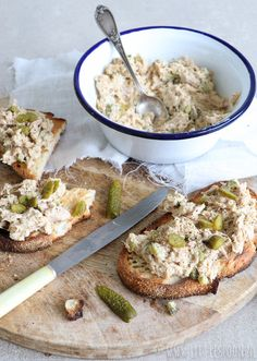 Make your own tuna salad - Little Spoon - Making tuna salad yourself is super easy with this delicious recipe. Healthy Party Snacks, Healthy Drinks, Healthy Recipes, Tapas, Low Carb Brasil, Good Food, Yummy Food, Comfort Food, Fabulous Foods