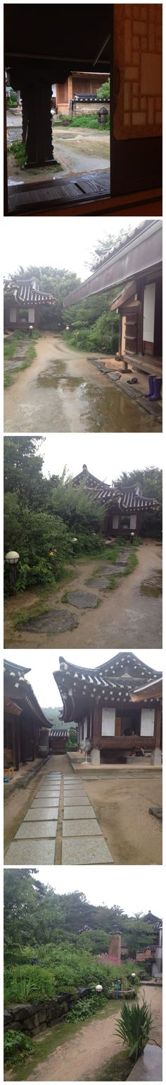 Beauty of Korean architecture : One fine 'Hanok'(Korean traditional residence)cafe in the suburb of Seoul.