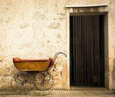 #art #restorer in Patù #salento #vintage #bestoftheday #retro #antiques #antique #colorful...