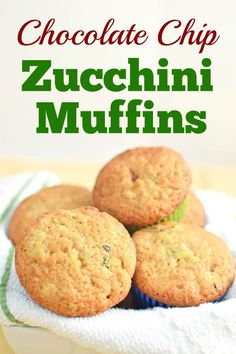 These Chocolate Chip Zucchini Muffins are easy to make and taste delicious. Zucchini Chocolate Chip Muffins, Zucchini Muffins, Delicious Chocolate, Vegetarian Chocolate, Crockpot Recipes, Soup Recipes, Wonderful Recipe, Pancakes And Waffles, Fabulous Foods