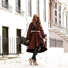 Smile! Life is great! _____________________________________________________________  #fashioneditor  #newyorkstyle #luxury  #instagood #instafashion #photooftheday #streetstyle #fashionblogger  #ootd #style #fashion #etceteramodus #marydyann #girlboss #fashionstylist  #luxuryfashion  #instastyle #fashionista  #instadaily  #fashiongram  #instalike #melanin #wiw #styleiswhat #fashionstyle #latergram #tbt