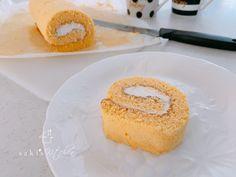 こんにちはご訪問ありがとうございます♡岐阜県瑞穂市で自宅料理教室主宰のsakiですまずレシピ材料4つ♡米粉シフォンロールケーキ砂糖は最低限‼️ノンオイルでふわ… Vanilla Cake, Desserts, Food, Tailgate Desserts, Dessert, Postres, Deserts, Meals