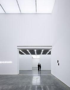 White Cube Bermondsey, London / Casper Mueller Kneer Ltd Architects