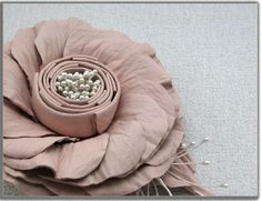 Handcrafted leather rose flower in dusty pink on DaWanda.    (accessories, brooches, clips)  http://en.dawanda.com/product/40462454-Leather-flower-hair-clips-and-brooch-2x1-