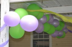 Outside balloon banner  #Barney #birthday #balloons