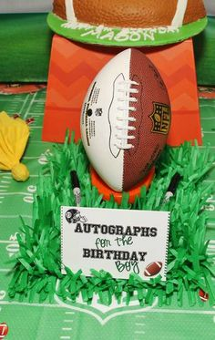 Autographs at a football birthday party!  See more party planning ideas at CatchMyParty.com! Football Theme Birthday, Sports Themed Birthday Party, 9th Birthday Parties, Sports Party, Birthday Bash, Birthday Ideas, Basketball Party, Football Party Games, Soccer Ball