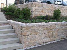 Steine für Hangmauer?  Jura-Kalk