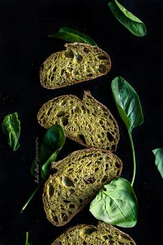 Pan de espinacas - Bake-Street.com Bread Art, Pan Bread, Sourdough Recipes, Sourdough Bread, Spinach Bread, Pan Relleno, British Dishes, Deli Food, Bagel Pizza