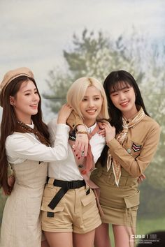 Miyeon, Soyeon and Soojin Kpop Girl Groups, Korean Girl Groups, Kpop Girls, First Girl, My Girl, Soo Jin, Extended Play, Cube Entertainment, Soyeon