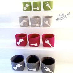 Räuberbart has some nice accessories for your home! Choose from 3 design in 4 colours! For keys, glasses, charger, headsets etc  - helps clean up your home and avoids searching! All handmade in Germany from wool felt www.raeuberbart.de