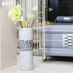 floor vase decor on carpet - Google Search Floor Vase Decor, Vases Decor, Cheap Vases, Vase Crafts, Diy Flooring, Ceramic Decor, Modern Rustic, Diy And Crafts, Carpet
