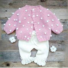 En Güzel Bebek Örgü Modelleri ile Kışa Hazırlık Knitting For Kids, Little Ones, Crochet Baby, Girl Outfits, Pullover, Sweaters, Jackets, Clothes, Tops