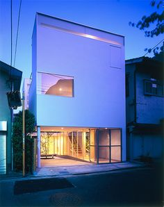 Light Cube Factory, Tokyo, 2010 A.L.X. (Architect Label Xian) Architect Junichi Sampei,   http://www.xain.jp/works-lc01.html