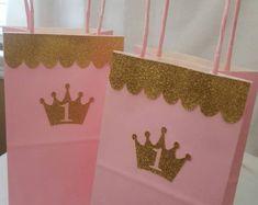 Pink Gold Princess Birthday Invitations OG by Princess Theme Birthday, Princess Birthday Invitations, Gold Birthday Party, Baby Birthday, First Birthday Parties, Princess Birthday Party Decorations, Birthday Ideas, Princess Centerpieces, Deco Baby Shower