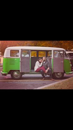 Bus available for photo sessions:)