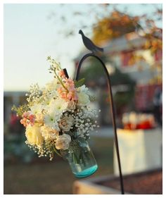 GR8 look for shepards hooks - Could look beautiful for an outdoor wedding!